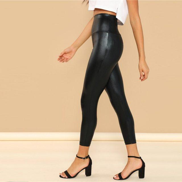 Women's Modern Style Cropped Leggings